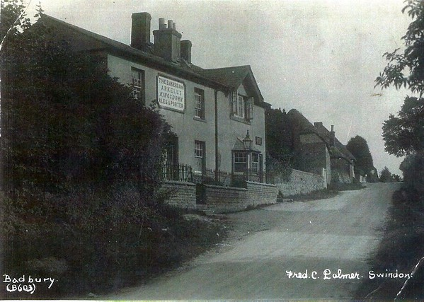 Bakers Arms Badbury