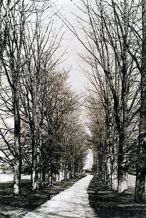 Grand Avenue Burderop Park 1930s