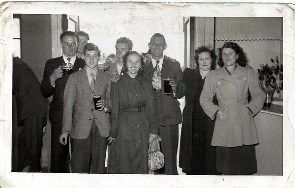 Bakers Arms darts away match 1951