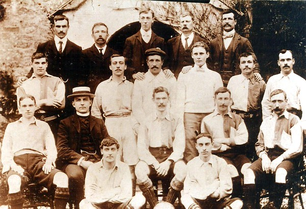 Hodson FC with Rev Waugh 1910