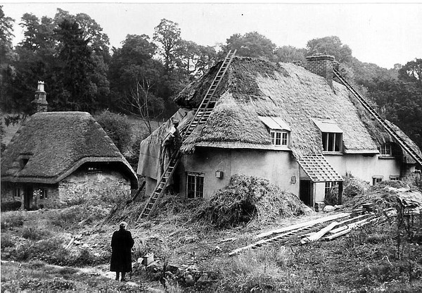 Hodson Bottom with Jack Grey,the last of a long line of Thatchers 1950s