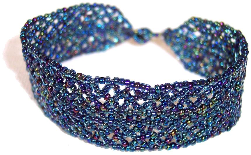 Seedbead bracelette - Irridescent size 14/0