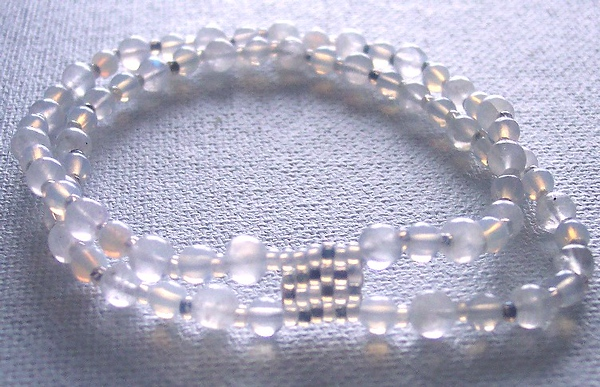 Opalite bracelette - Seedbeads and glass