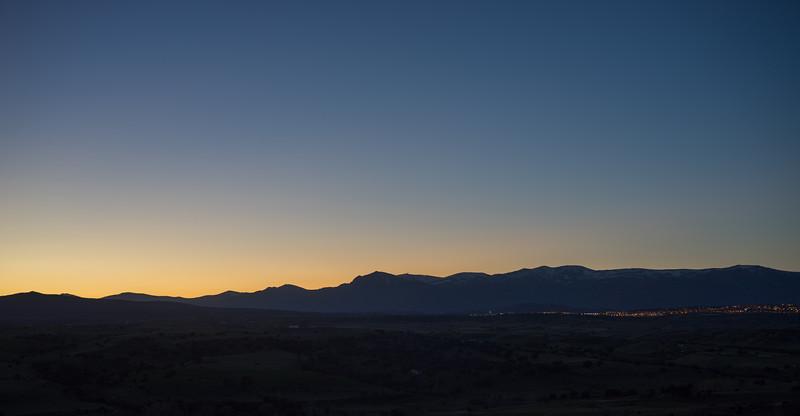 31 de Marzo de 2015 - Con la mirada en el cielo. ValdelosHielos. Tres Cantos