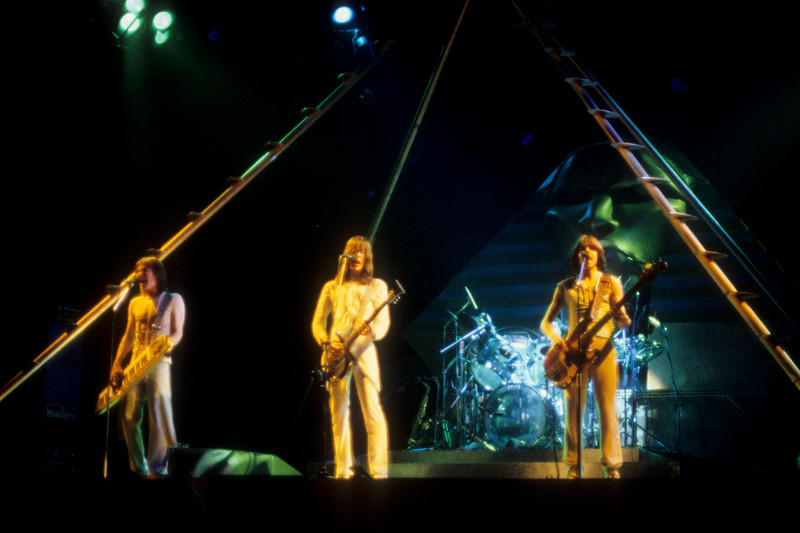 Utopia performing at Winterland Arena on April 2, 1977. (L-R): Roger Powell, Todd Rundgren, Kasim Sulton.