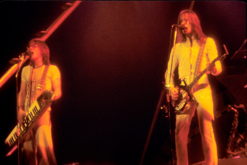 Roger Powell and Todd Rundgren performing with Utopia at Winterland on April 2, 1977.