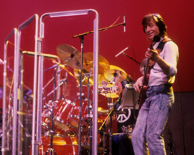 Ross Valory (Journey) performing with Todd Rundgren at the Palace of Fine Arts in San Francisco on July 7, 1990.
