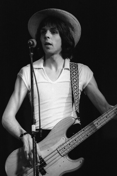 Kasim Sulton performing with Utopia at the Old Waldorf in San Francisco on August 4, 1978.