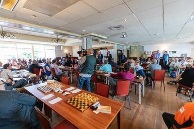 IJsbrand Haven opent het toernooi