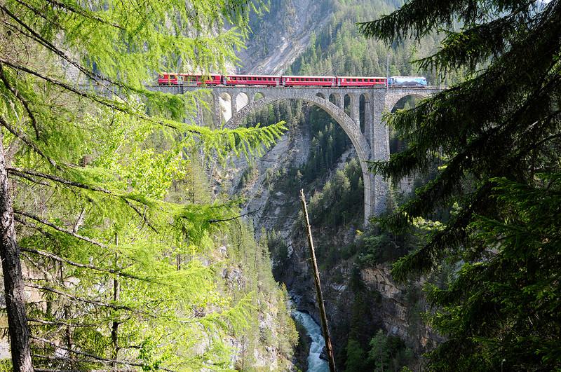 Wiesen Viadukt i Schweiz.