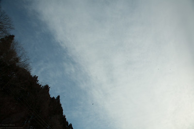 A Chinook heavy duty chopper overhead indicating the diretion to where we are headed.