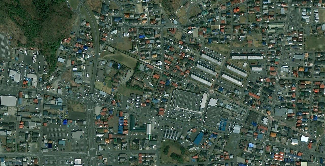The Kazuminami Watanoha and Hamamatsucho wards of Ishinomakai before the tsumani on April 4th, 2010 (credits Google maps).