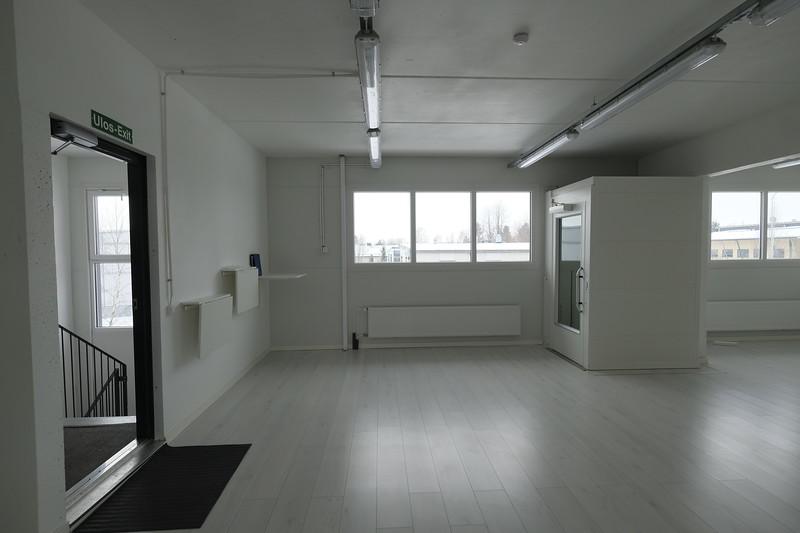 2. krs aula (huom hissi)
