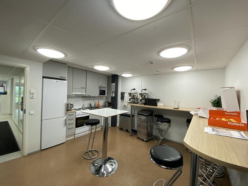 1. krs keittiö