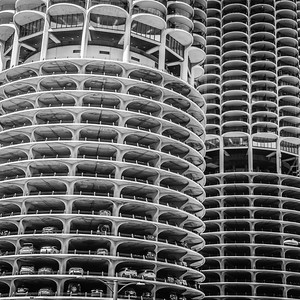 Marina Towers Chicago River LR-6026