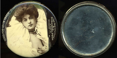 "M053  SOLD!  GOOD FOR 10¢ IN TRADE / (Evelyn Nesbitt facing – Dunn type 12) / ""THAT NEAT LITTLE PLACE"" / R.J. / DIBOWSKI, PROP. / 6 PIKE ST. /  COVINGTON ---- KY., edge not imprinted, multicolored celluloid rd 56mm.  Mirror: scattered light black specks; celluloid: light rubbing.   G4-EV9"