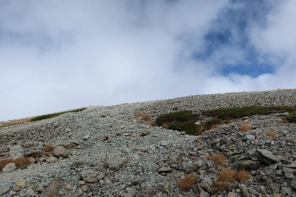 Climbing up to Minami-Dake