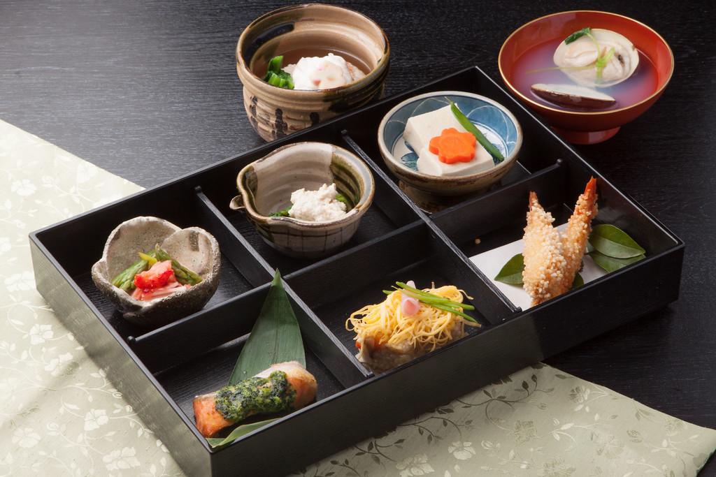 Kaiseki lunch bento. Editorial credit:sasaken / Shutterstock.com