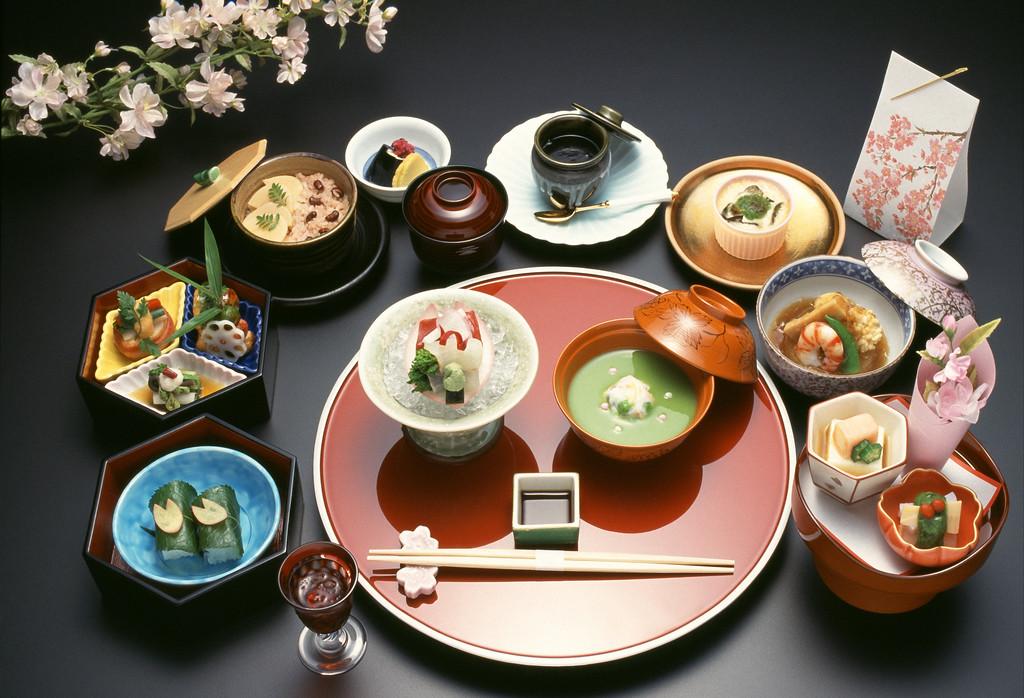 Kaiseki full course dinner. Editorial credit: Kaiseki full course dinner / Shutterstock.com