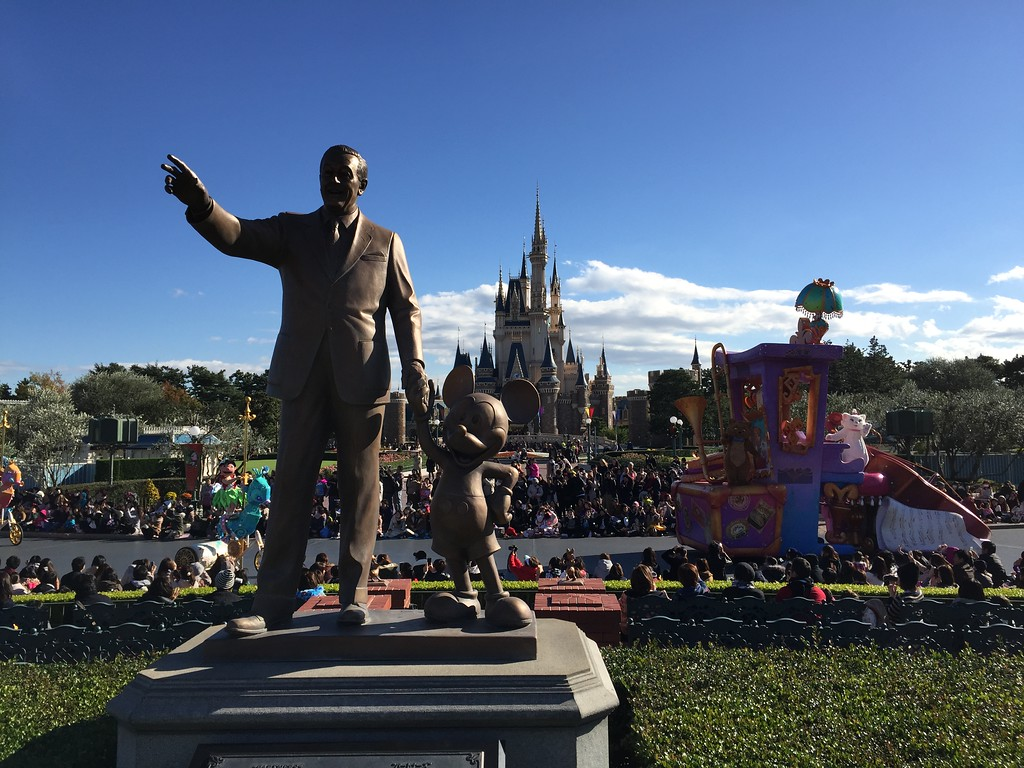 Walt and Mickey miss the parade