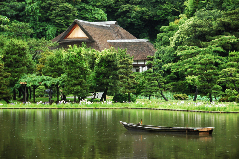 Lush greenery in Sankeien Garden, Yokohama.. Editorial credit: mrmichaelangelo / Shutterstock.com