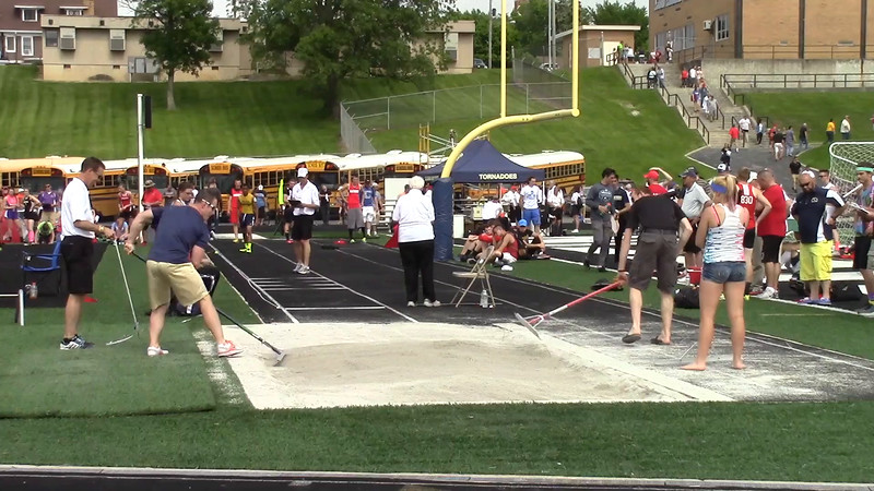 01 - boys long jump - Jeff Lewis