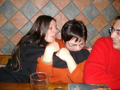 Birreria Avalon: raduno del gennaio 2006 - La Phera lasciva aka  Eh, i Proudneck sono affettuosi ...
