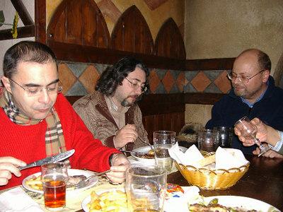 Birreria Avalon: Cena in famiglia - Raduno dicembre 2006 - foto by Hirilaelin
