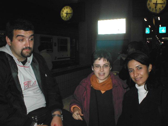 2002, Bologna. Proudneck alla stazione per il raduno LIstaro.