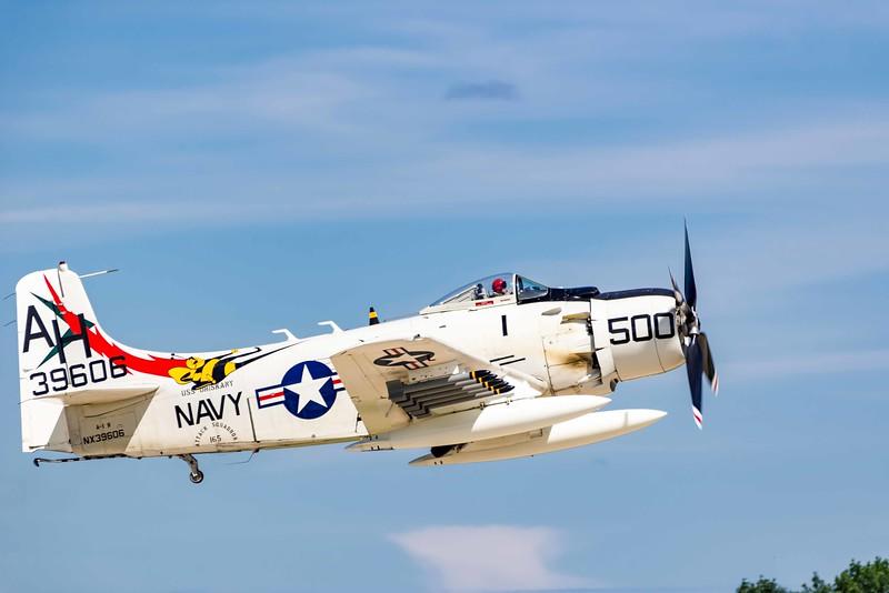 Douglas AD-6 (A-1H) Skyraider