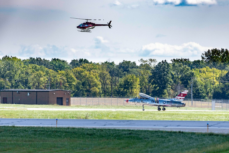 Photo Chase Helicopter Follows  Flight