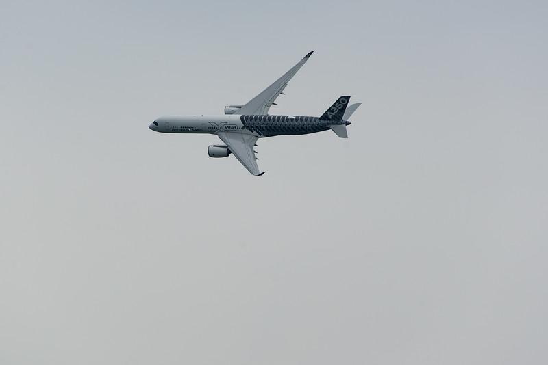 Airbus A-350 US Debute OSH 15