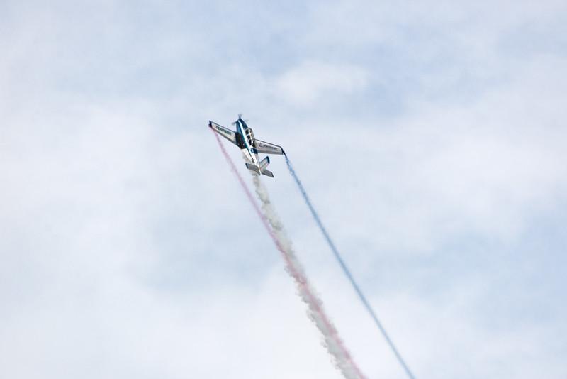 Jim Pietz F33C Bonaza OSH 15