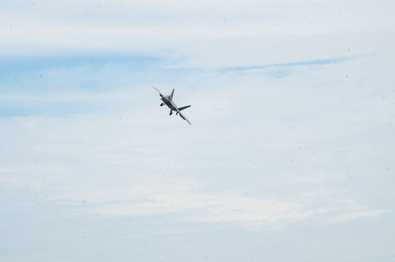 F-22 Raptor in the pattern