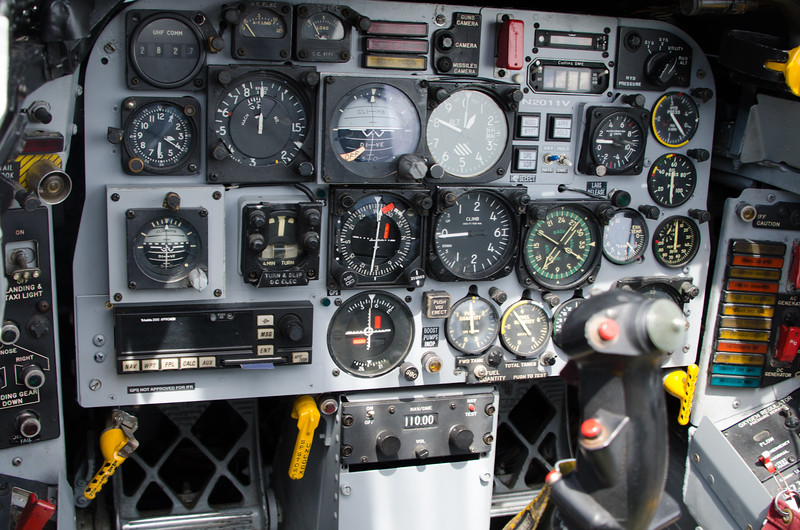 F-100 Instrument panel, close to stock