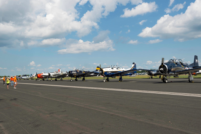 _EC05951 T-28s Prep for TO