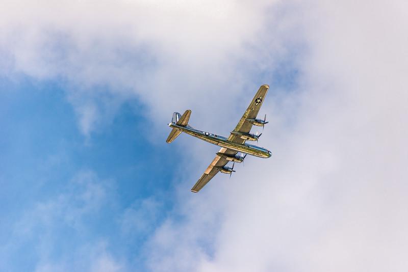 DOC B-29 Arrives at Oshkosh, July 22, 2017