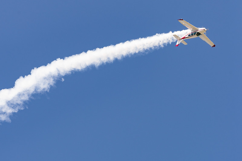 Acro Beech 33C Inverted Flight