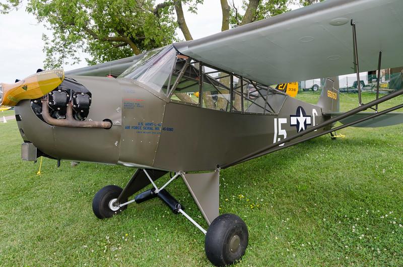 Army L-4J Grasshopper (Piper J3)