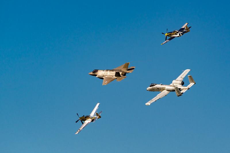 Heritage Flight Osh17
