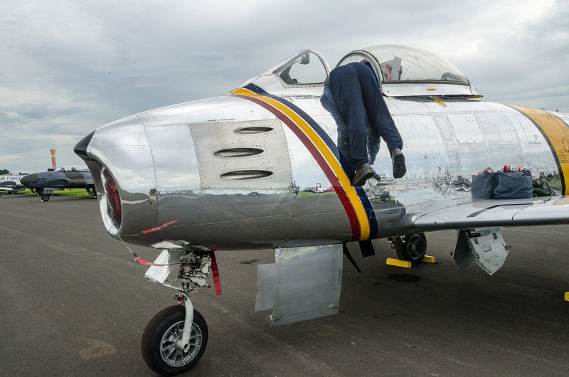F-86 Sabre pilot ends up in awkward position