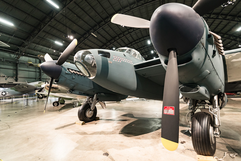 DeHavilland DH 98 Mosquito, Wooden Bomber