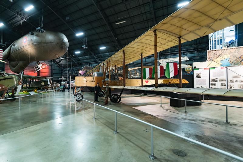 Caproni Ca.36 Bomber, 1914 Italian Design, beautiful!