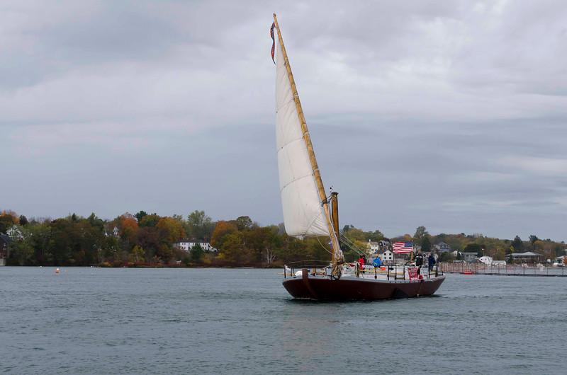 Piscataqua Gundalow at sail