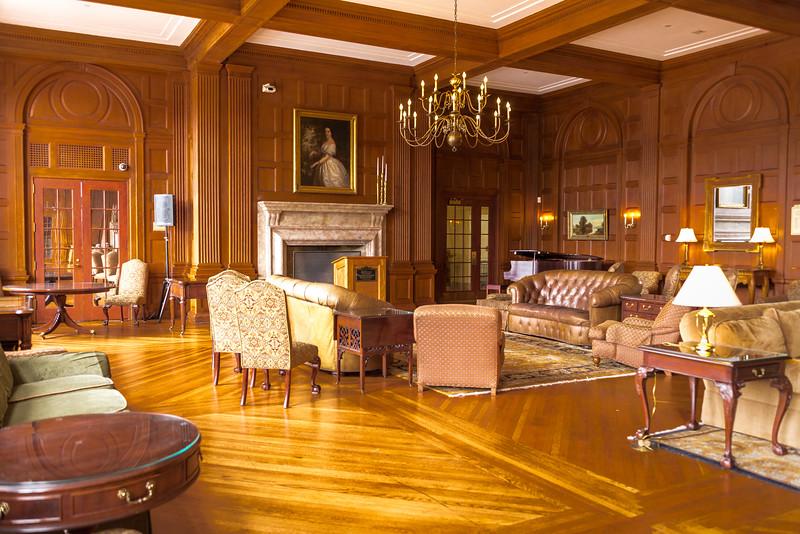 Granham Memorial Lounge Restored to 30's Elegance