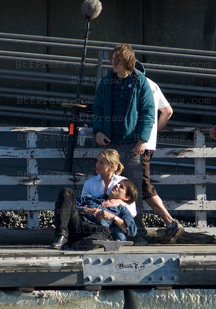 "Tom Cruise et Cameron Diaz during the set of ""Knight and DAy"" in Long Beach California."