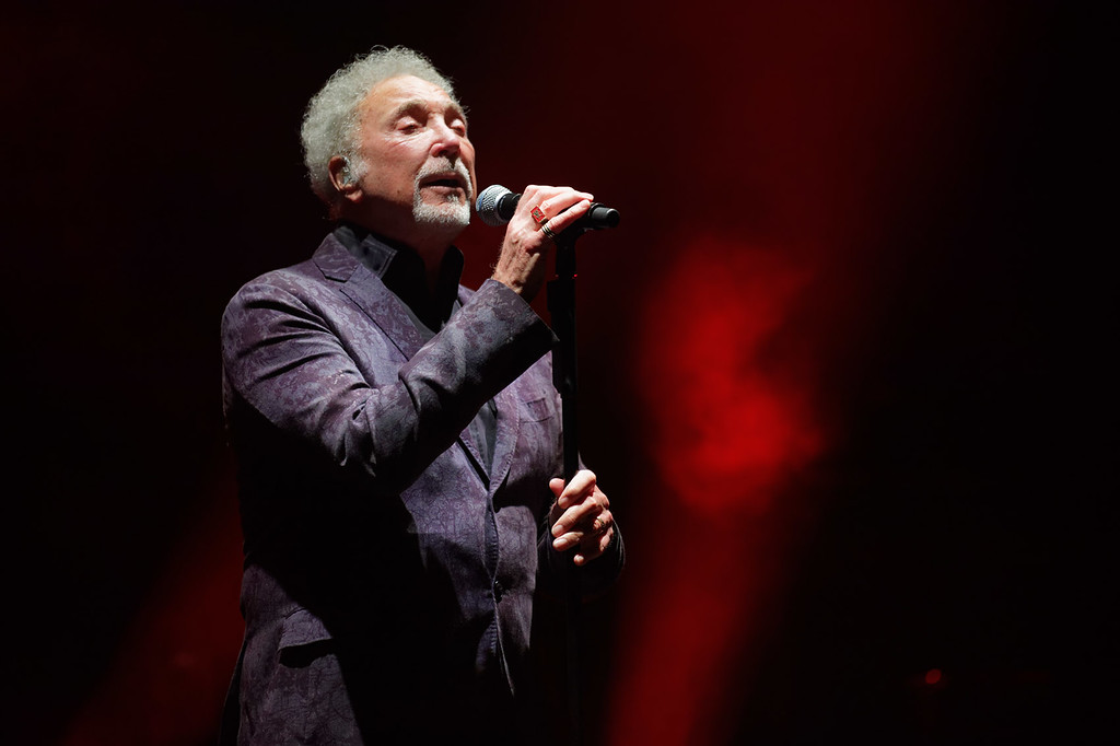 . Tom Jones  live at Detroit Opera House on 5-11-18.  Photo credit: Ken Settle