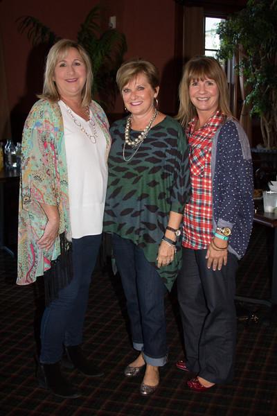 Roxanne Smithson, Rachelle McConnell, Teri Head