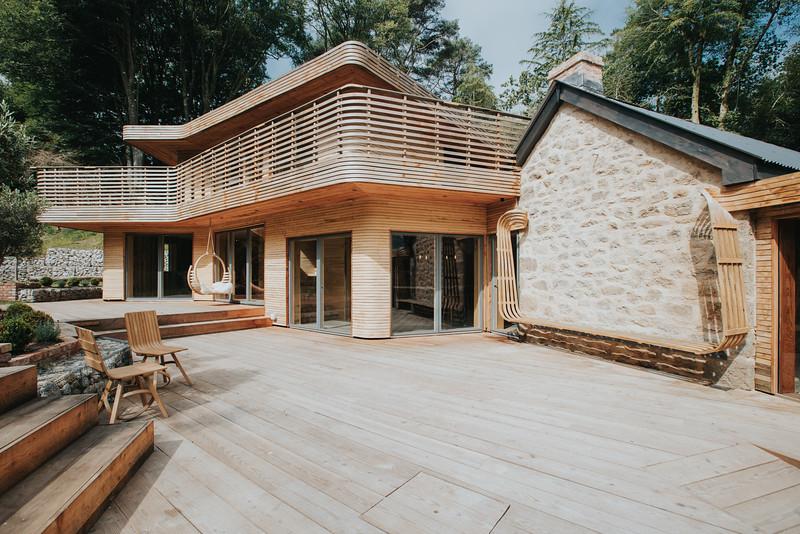 024-tom-raffield-grand-designs-house