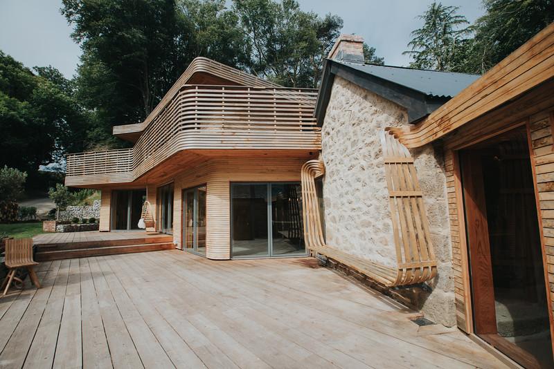 006-tom-raffield-grand-designs-house